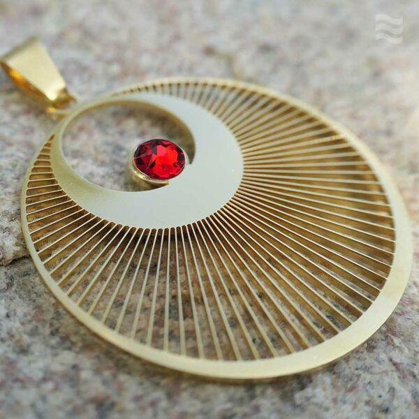 Anhänger Kornkreis Engel Edelstahl vergoldet mit Swarovski Kristall rot