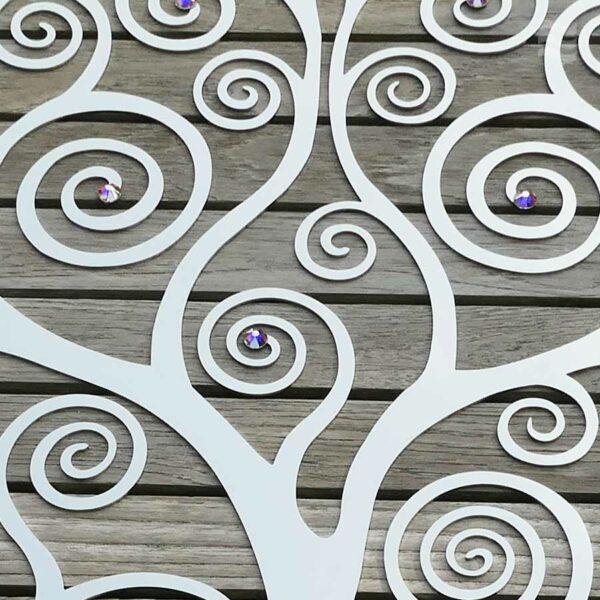 Auschnitt aus Wandscheibe Lebensbaum Wandscheibe Lebensbaum Edelstahl mit Swarovski Aurore Boreale